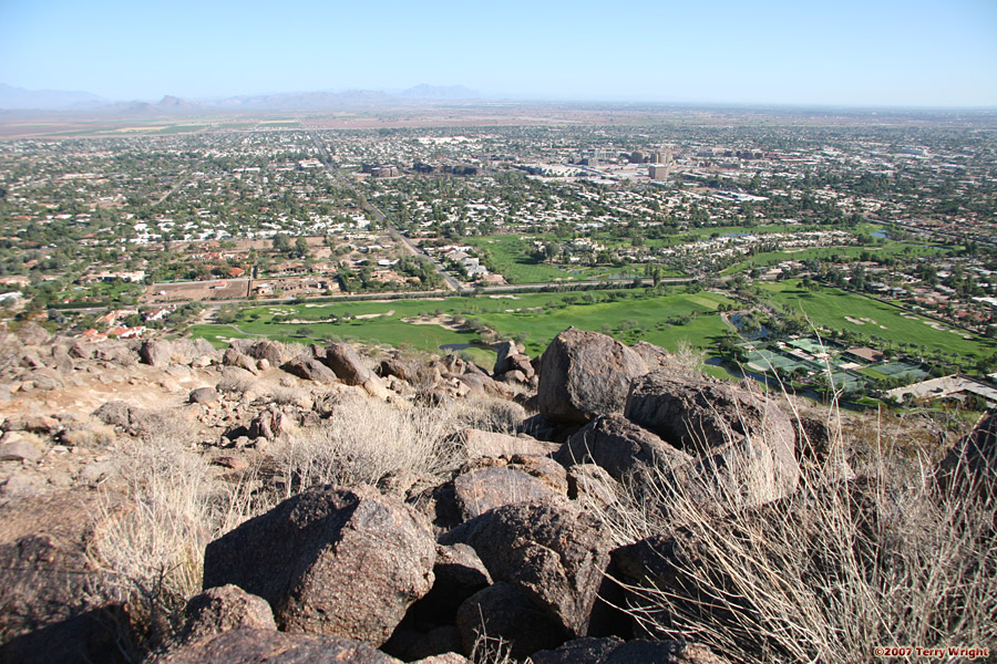 Camelback Mountain Cholla Trail Hike: Image 33